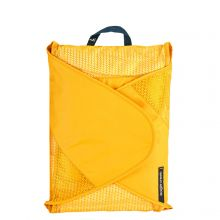 Eagle Creek Reveal Garment Folder L Sahara Yellow