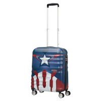 American Tourister Wavebreaker Marvel Spinner 55 Captain America Close-Up